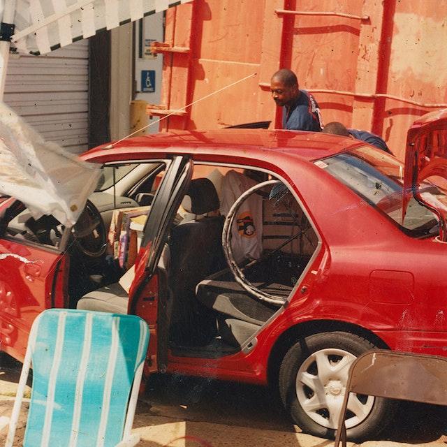 Hf Unt 25709 Red Car
